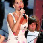 Нина Шацкая – Белой акации гроздья душистые